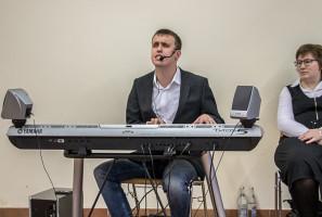 Der blinde Musiker Sebastian Knauf sorgte für eine unterhaltsame Stunde.